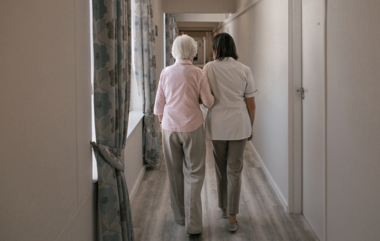 are seniors safe from home health care
